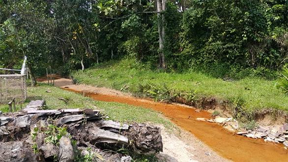 Rantau 2a Private Retreat-river