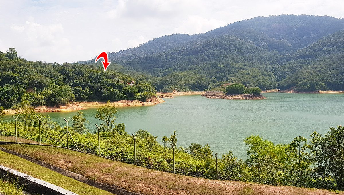 Teluk Bahang Dam from road