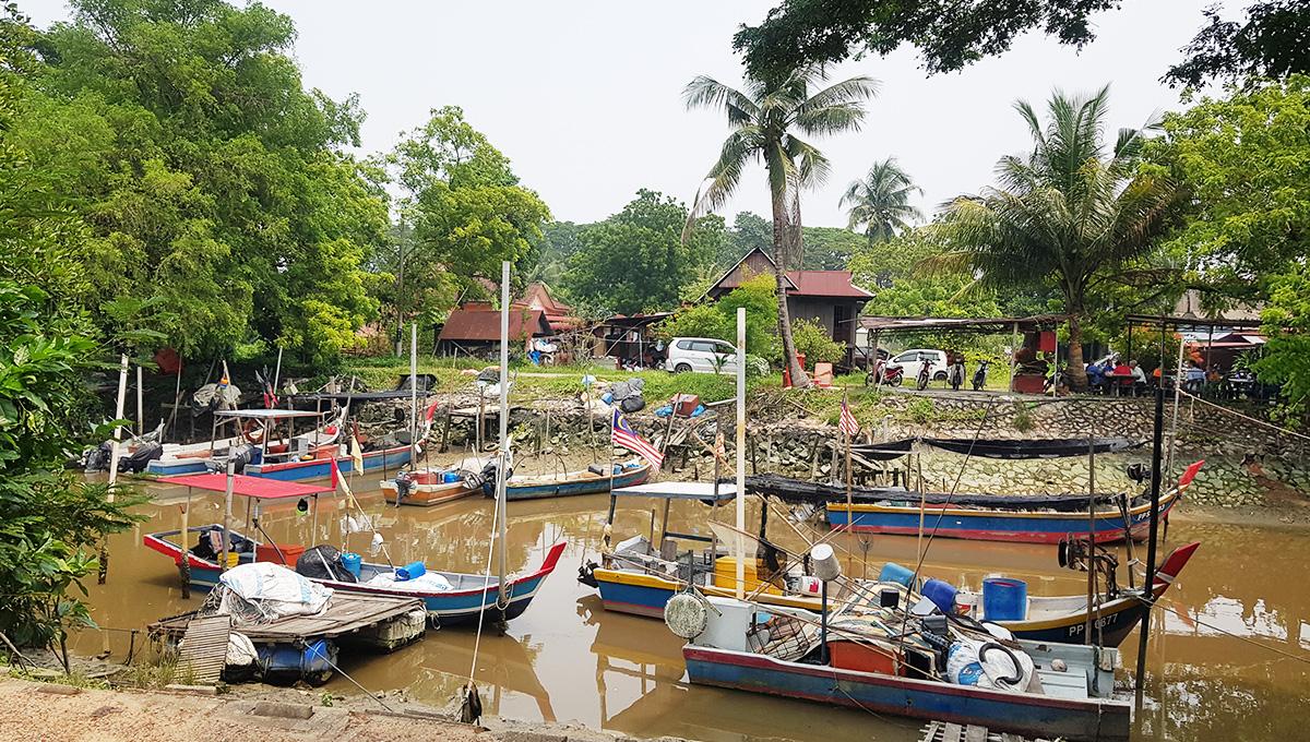 Fishing village nearby