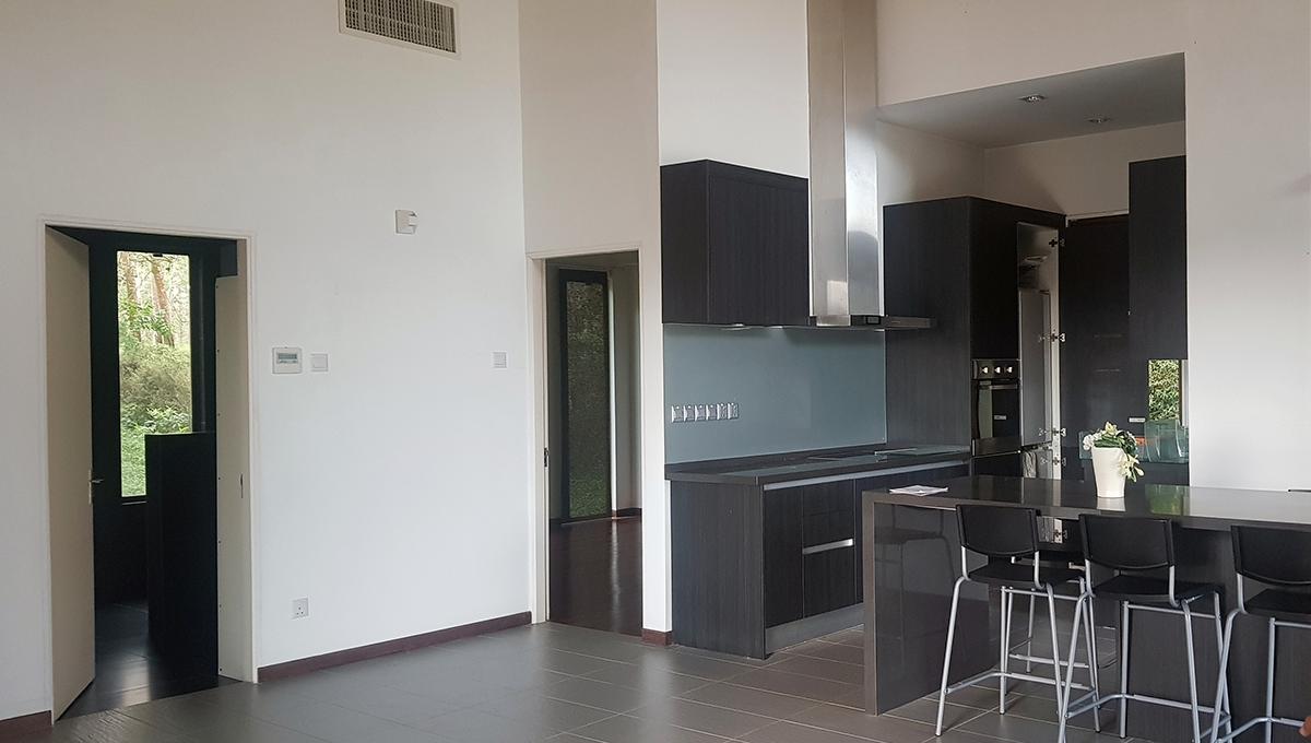 villa kitchen 2