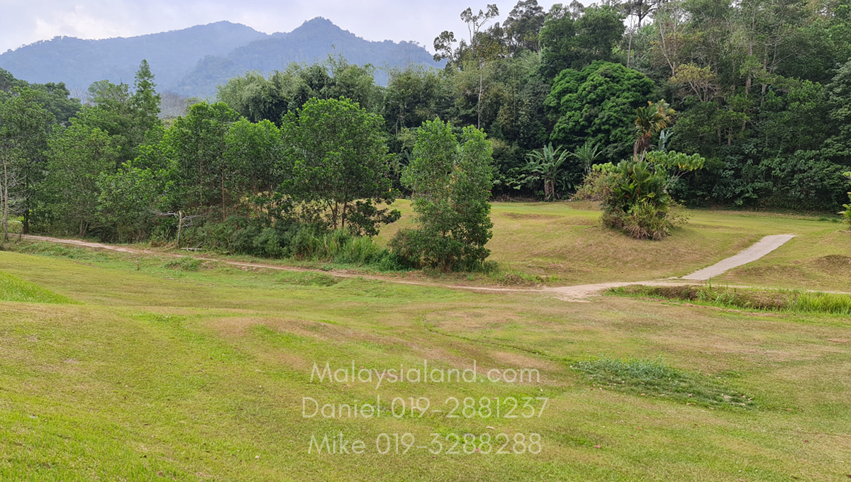 Bukit Tinggi Selesa Hillhome 2.5 acres golf course within walking distance2