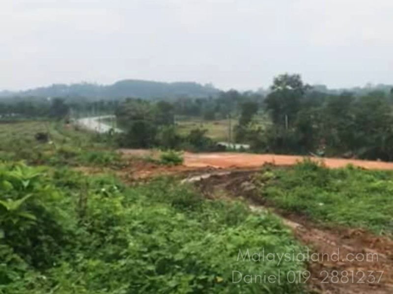 Selangor, Bestari Jaya – 26 acres Freehold Land with legal access (Can be converted to industrial land)