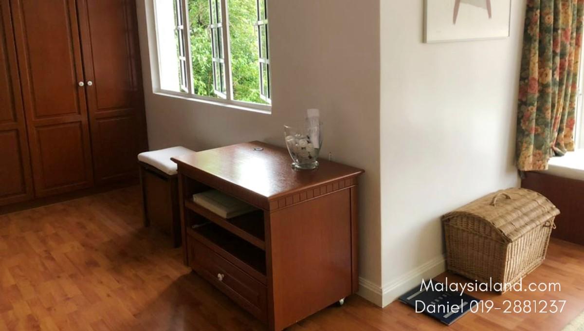 Website - Master bedroom 5