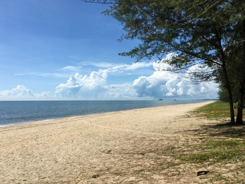 Rompin, Pahang – 2 acres Freehold Beach Frontage Building Land with Gorgeous Sea View